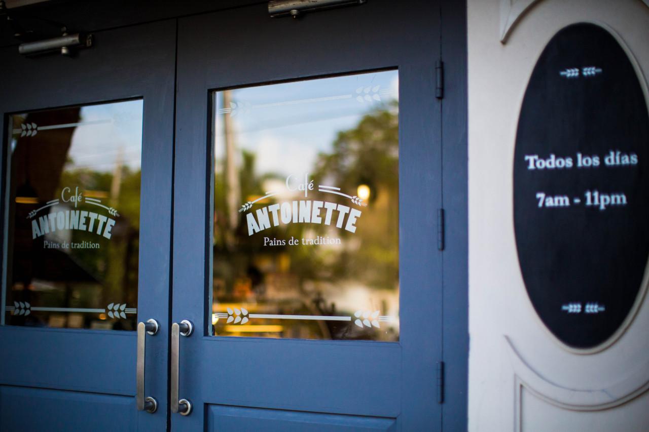 CAFE ANTOINETTE 10